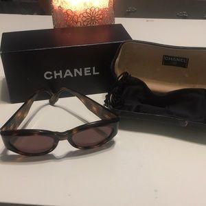 Vintage Chanel 90's brown sunglasses
